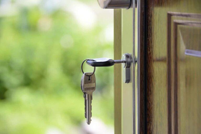 nakaz opuszczenia mieszkania i zakaz zbliżania się